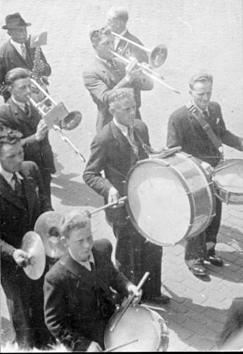 14 Fanfare 1948